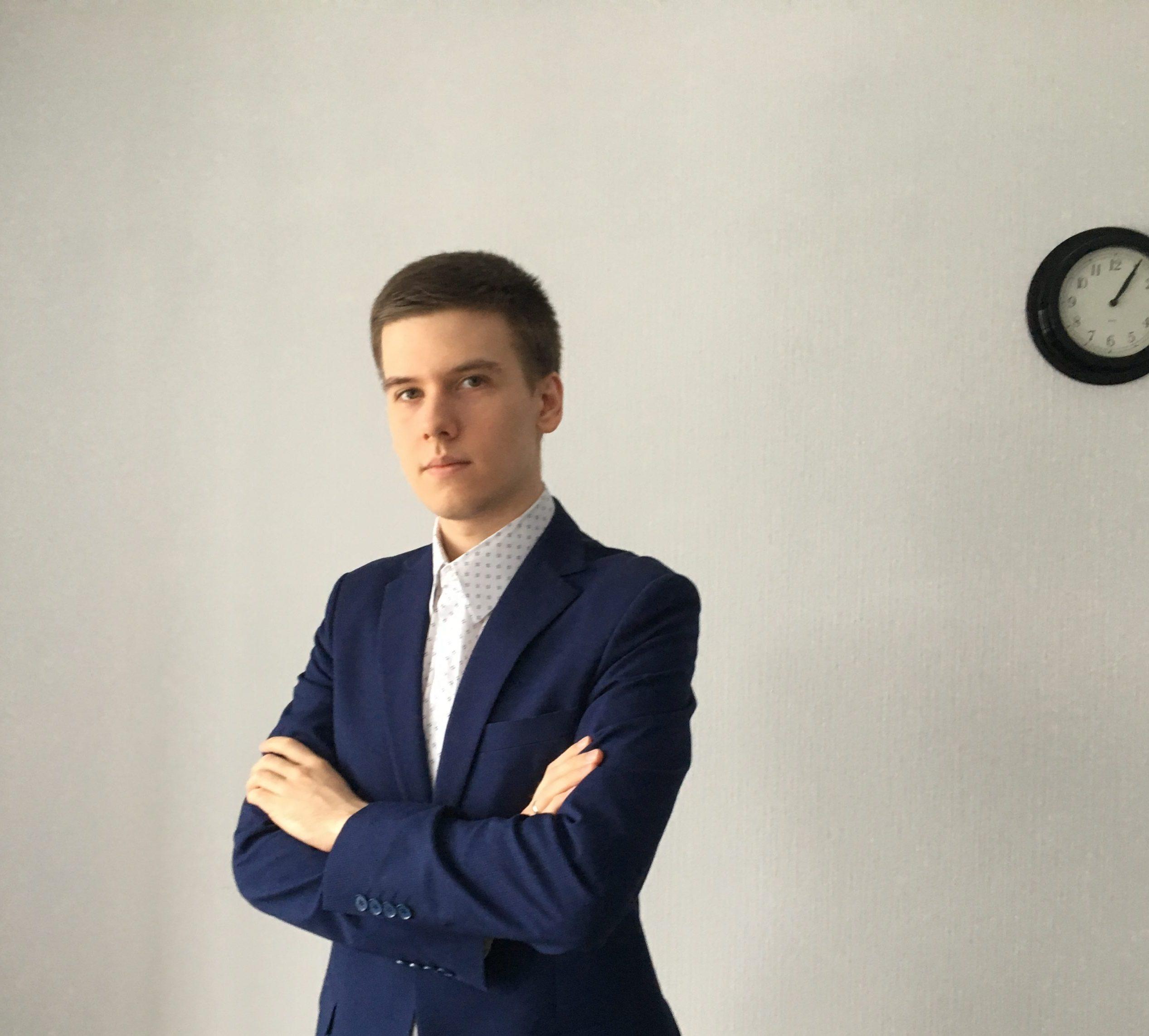 Артём Большаков