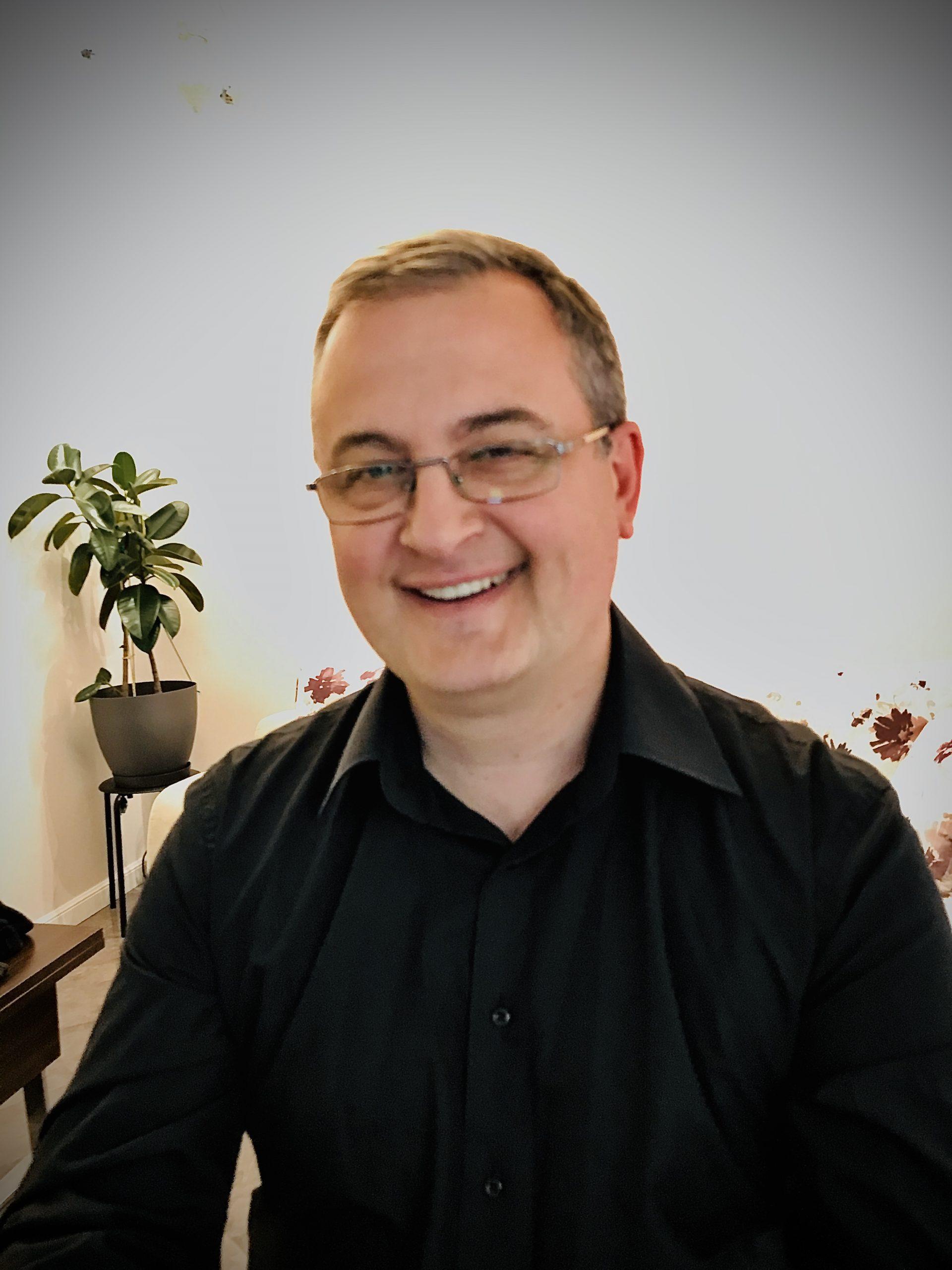 Олег Богданóвич
