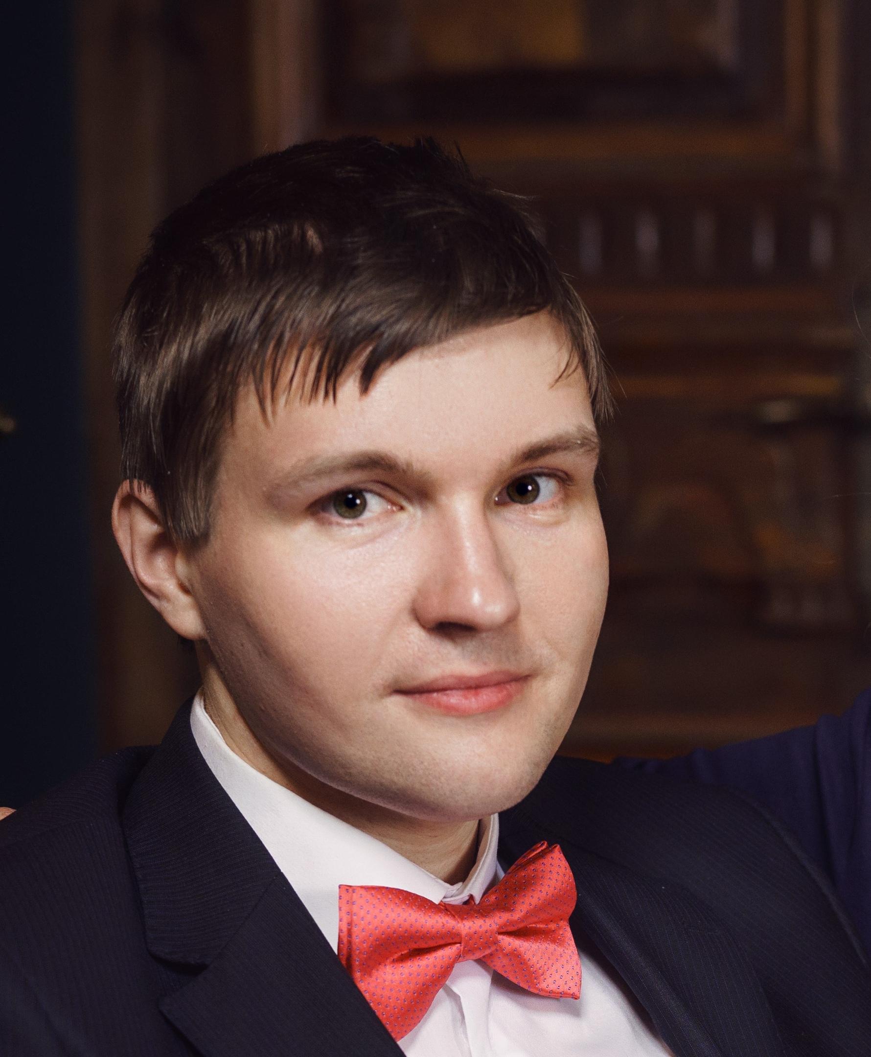 Соловьев Денис